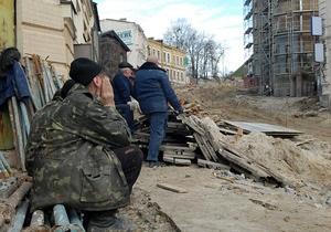 Мэрия предложила застройщику Андреевского спуска восстановить фасадное здание