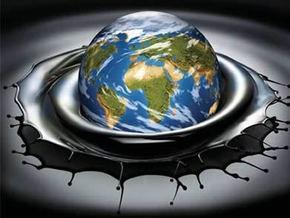 Мировые цены на нефть понизились на рекордные 12%