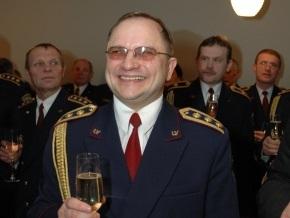 В Латвии начальника управления полиции избила жена, работающая судьей