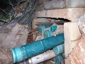 На юге Ливана, откуда был открыт огонь по Израилю, обнаружен склад оружия