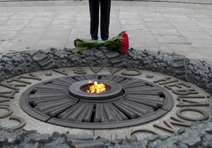 Новости Харькова - Власти Харькова просят милицию об охране памятников, символизирующих победу в ВОВ