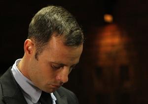 Британская пресса рассказала, чем Писториус занимается в заключении