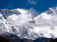 Самым пожилым покорителем Эвереста стал непалец