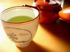 Ученые: 10 чашек зеленого чая в день замедляют набор лишнего веса
