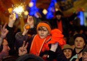 УП: На Майдане произошла стычка между Беркутом и участниками акции к годовщине Оранжевой революции