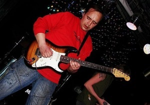 Экс-гитариста Сектора Газа Вадима Глухова похоронили на деньги фанатов