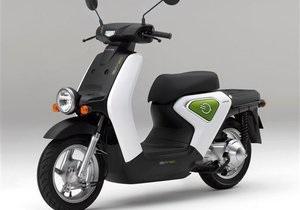 Honda представила новый скутер: компания будет массово продвигать мотоциклы с нулевым уровнем выбросов