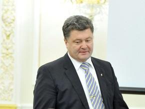 Порошенко встретился с представителями МВФ и отбыл в Беларусь