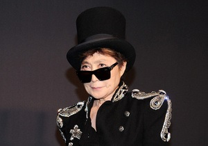 Жена Джона Леннона наградит Pussy Riot Премией мира