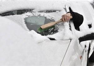 Снежная стихия: 100 автомобилей застряли на трассе между Николаевом и Херсоном