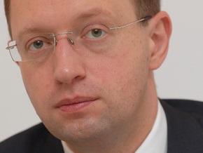 Яценюк призвал украинцев на выборах проголосовать за добро