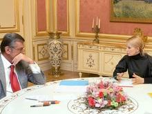 Ющенко встретился с Тимошенко: заседание Кабмина переносится