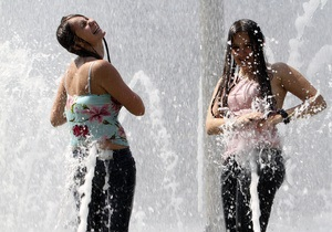 погода в Украине -      В понедельник в Украине обещают жару до 34 градусов