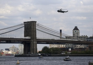 В Нью-Йорке из-за подозрительного автомобиля перекрыли Бруклинский мост. На месте работают саперы