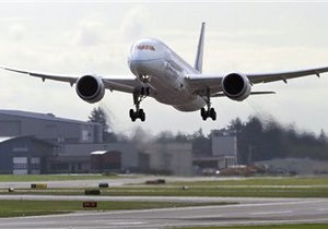 Boeing приостановила тестовые полеты Dreamliner