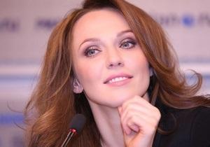 Солистка группы ВИА Гра подала в суд на журнал Малахова