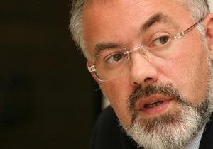 БЮТ требует рассмотреть в Раде вопрос об отставке Табачника