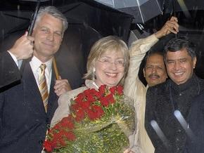 Клинтон прибыла с визитом в Индию