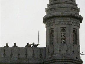Из захваченной гостиницы Оберой освобождены десять человек