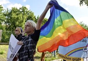 В Киеве на месте, где проходил гей-парад отслужили молебен