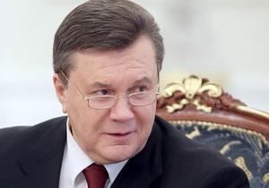 Янукович отправляется на химический завод