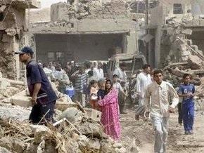 В результате взрыва около иракской мечети убиты 72 и ранены около 200 человек