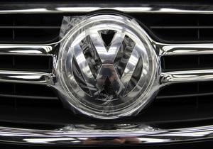 Чистая прибыль лидера европейского автопрома рухнула почти на 40%