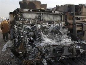 Пакистан: Боевики сожгли 96 грузовиков на базе НАТО