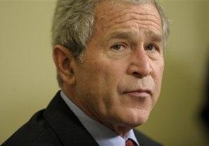 Джордж Буш отказался от приглашения Обамы посетить место терактов 9/11