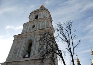 Попов пообещал не допустить продолжения строительных работ возле Софии Киевской