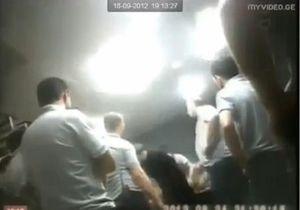 По делу о пытках заключенных в тюрьме в Тбилиси задержаны десять чиновников