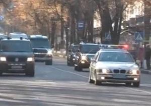 Дорогу кортежу! В Сумах во время визита Януковича перекрывали центральные улицы