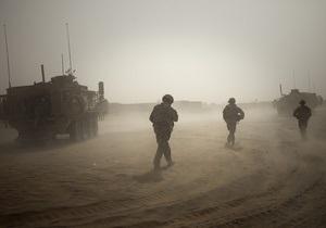В Афганистане при нападении на колонну сил НАТО погибли десять военных