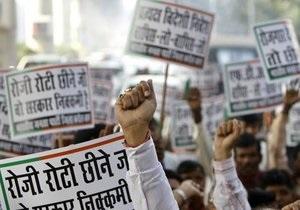 В Индии более 10 тысяч человек провели митинг против запуска АЭС