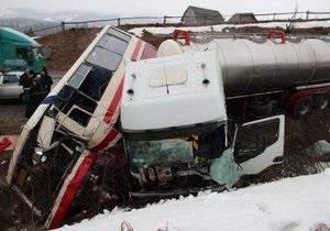 новости Львовской области - ДТП - Во Львовской области столкнулись грузовик и автобус, есть пострадавшие