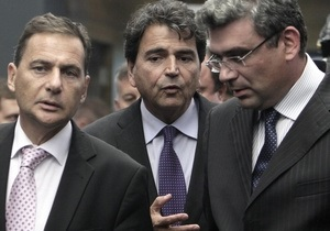 Париж и Бухарест вместе попросят ЕС помочь в обустройстве жизни цыган
