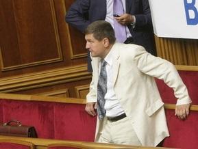 СП: Ющенко не будет распускать Раду и не хочет участвовать в спецзаседании