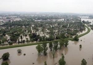 Наводнение в Польше: Власти Варшавы закрывают одну из главных транспортных артерий города