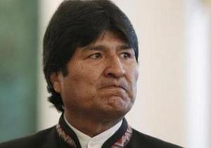 Президент Боливии требует у ЕС сообщить, кто запретил пролет его самолета - эво моралес