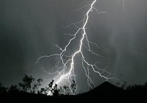 На Прикарпатье от удара молнии погибла женщина