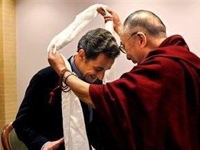Встреча Саркози с Далай-ламой разозлила китайскую власть