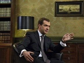 Медведев пока не определился с ником в ЖЖ