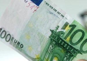 Межбанк: евро уступает гривне под напором кипрского негатива