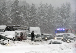 Число жертв аномальных погодных условий на Балканах продолжает расти