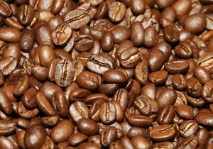 Кофе рекордно подорожал из-за опасений сокращений поставок