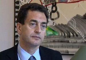 Французского посла в Сирии забросали яйцами и камнями