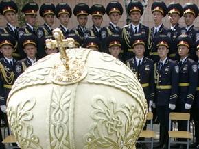 Фотогалерея: Милиционеров благословили на парад