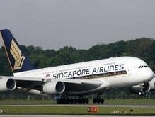 Крупнейший самолет совершил первый коммерческий рейс в Европу