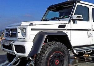 Mercedes запустит в серию шестиколесный джип за 350 тысяч евро