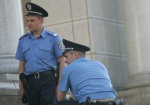 В Житомире подозреваемый в угоне авто выпрыгнул с третьего этажа райотдела милиции